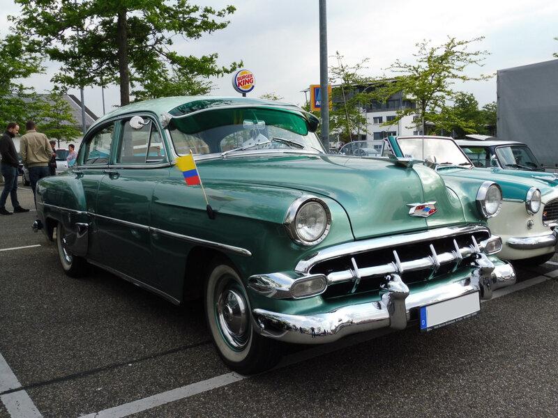 CHEVROLET Two-Ten 4door Sedan 1954 Offenbourg (1)