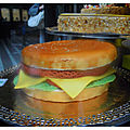 DUS-Gateau Hamburger