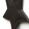 porte-clés 'étoile' en cuir marron chocolat