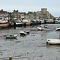 Barfleur, bateaux et église