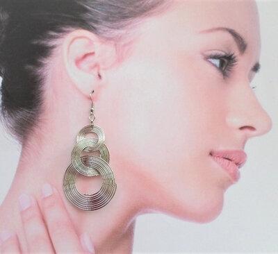 Boucles d'Oreilles Pendantes Azora 3 Cercles Mobiles Métal Couleur Argenté