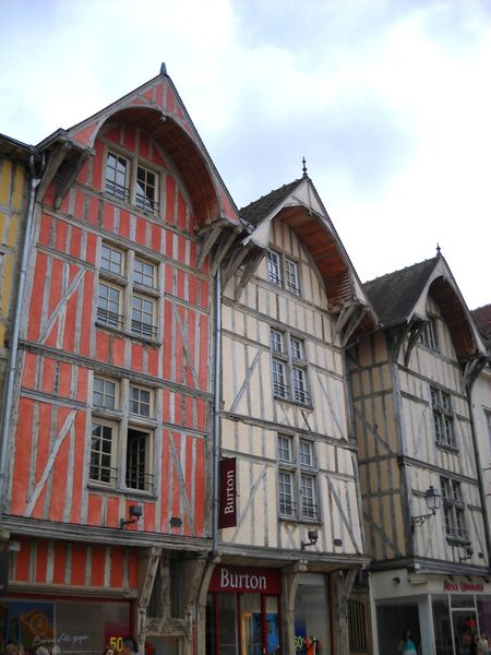 Troyes (42)