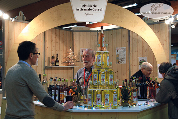 SALON_REGAL_stand_DISTILLERIE_GAYRAL