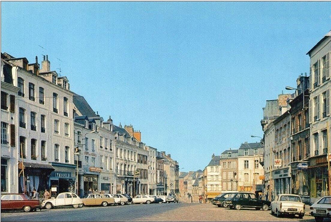 AVESNES-La Grand-Place