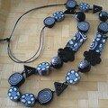 collier petit poucet bleu