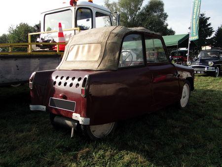 Voiturette MOCHET CM 125 Y de 1952 Nesles Retro Expo 2009 2