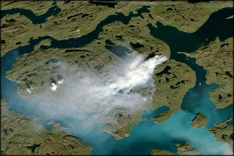 7789722579_un_incendie_visible_depuis_l_espace_a_ravage_15_kilometres_carres_au_groenland