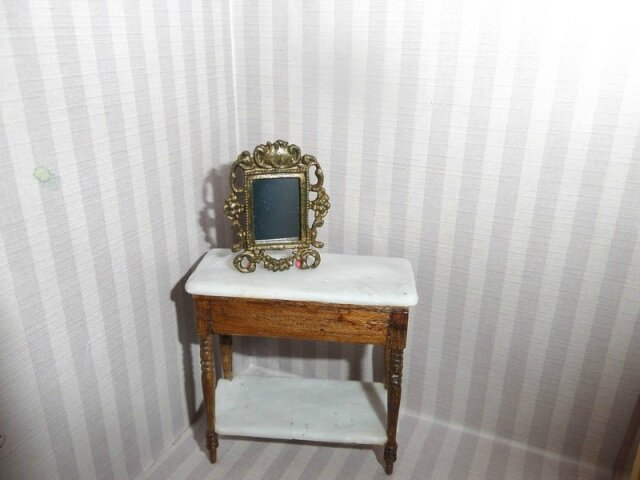 Table toilette 020