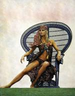 Wicker_sitting_inspiration-brigitte_bardot-1968-by_dussart-3