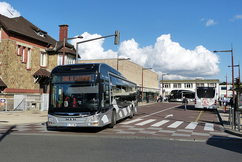 220917_615aulnay-gare1