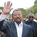 Gabon : hollande se mêlera-t-il à la guerre des beaux-frères ennemis ?