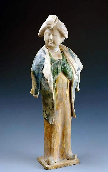 Figure of a lady, Tang dynasty, 618-906 CE