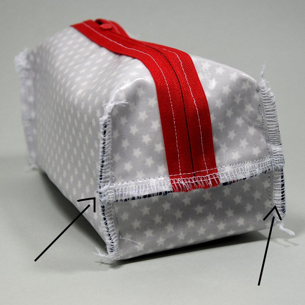 tuto de la trousse de toilette ultra facile et ultra rapide pikebou. Black Bedroom Furniture Sets. Home Design Ideas