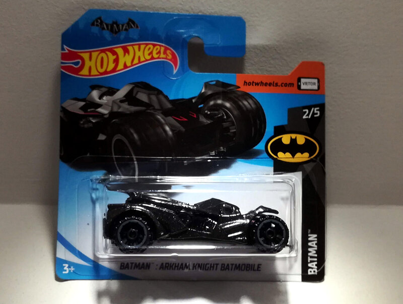 Batman Arkham Knight Batmobile (Hotwheels)