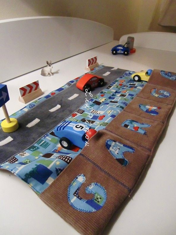 Cosy-car city with wood cars