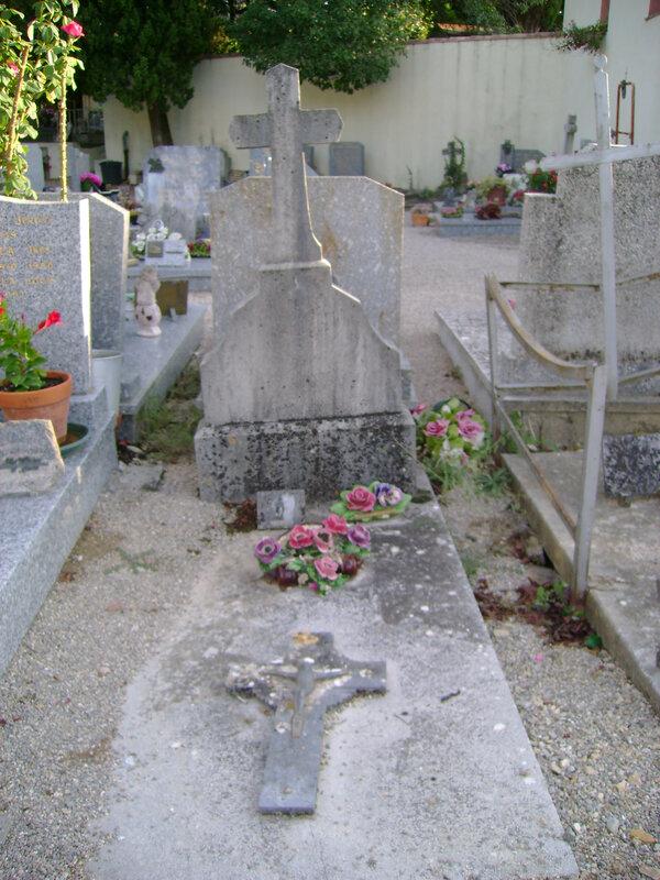 232 - Tombe de Marie Borel