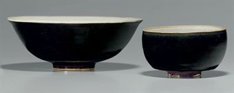 two_brownish_black_and_white_glazed_pottery_bowls_song_dynasty_12th_13_d5347992h