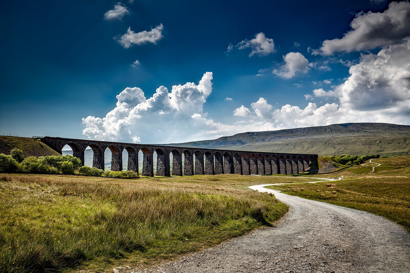 ribblehead-viaduct-1748638_1920