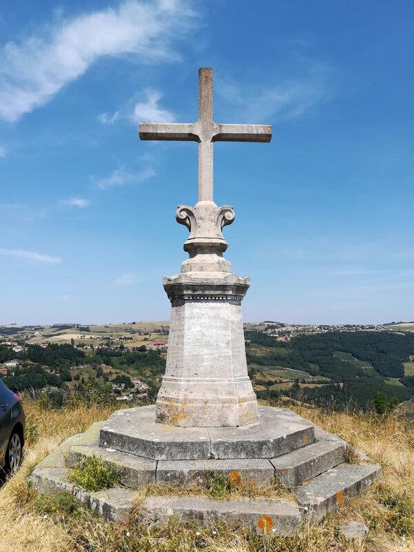 la croix au lieu-dit Les Ayats