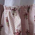 Robe champêtre en lin blanc et coton fleuri rose