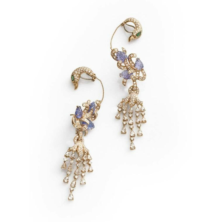 Fahra Khan_Le Jardin Exotique_Grandiose peacock-inspired emerald and tanzanite Farah Khan earrings surrounded by carved tanzanites in 18ct yellow