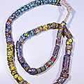 1259493233collier_africain_anciennes_perles_murano_9_324