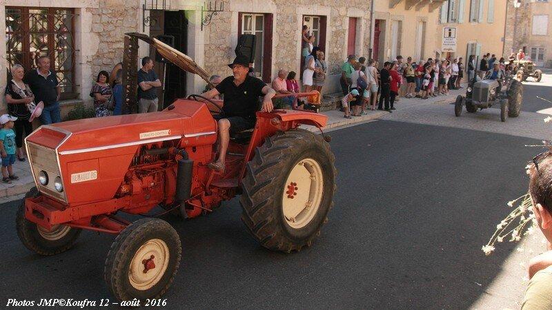 Photos JMP©Koufra 12 - Rando Tracteurs - 14 aout 2016 - 0122 - 001