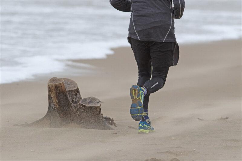 La Palmyre plage vent 200221 25 jogueuse sable ym