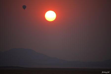 montgolfiere_ete_lever_du_soleil