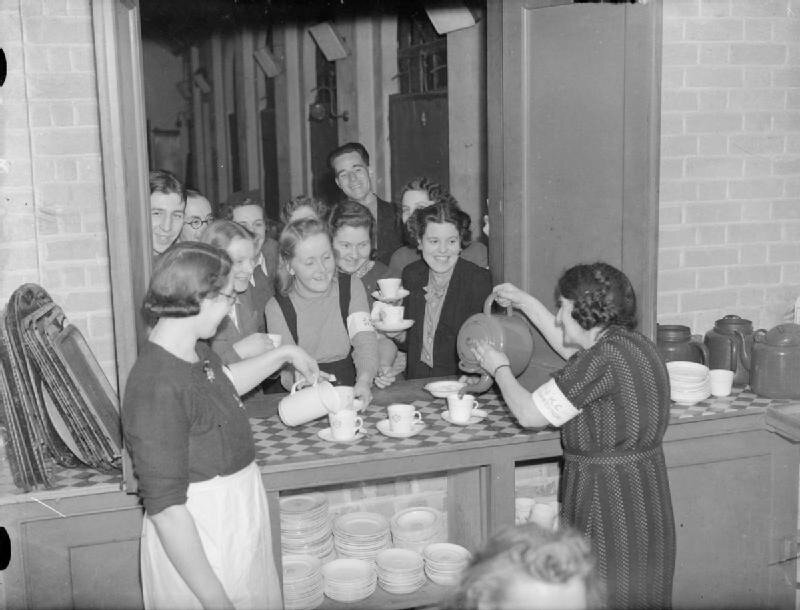 Sanctuary-_Air_Raid_Shelter_in_John_Keble_Church,_Mill_Hill,_London,_England,_1940_D1435