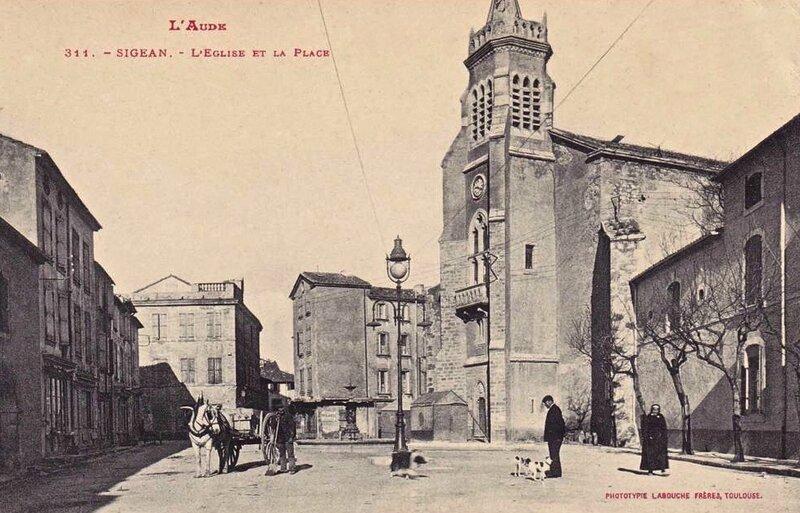 Sigean église et mairie (1)