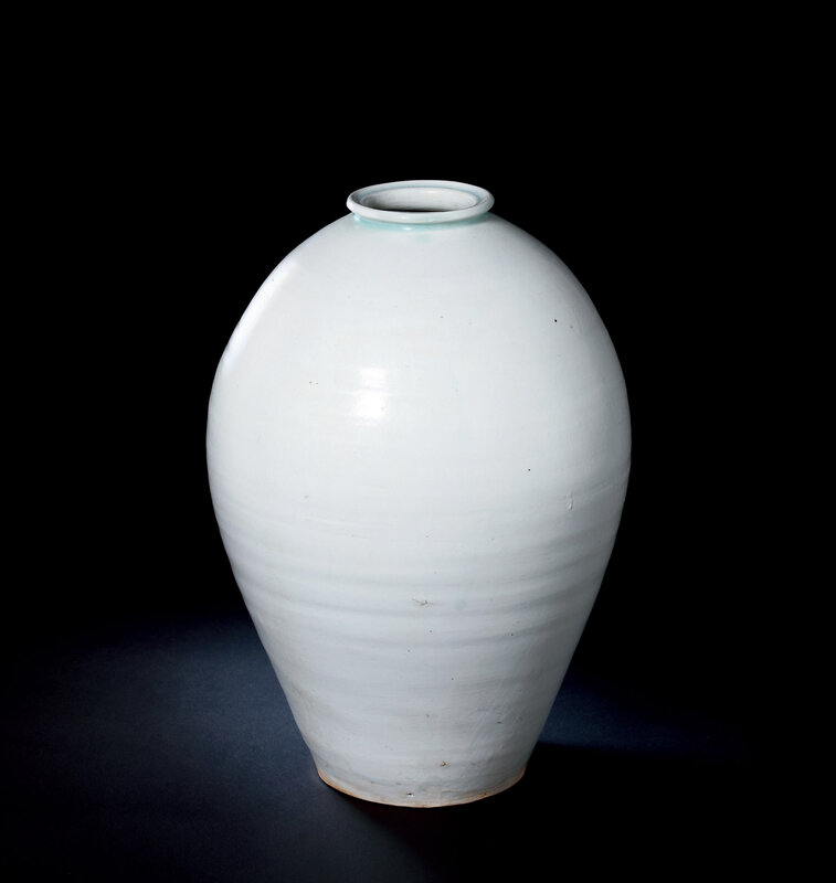 A Hutian Qingbai Vase, Meiping, Northern Song Dynasty, 10th-12th Century