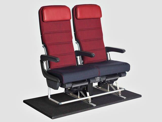 air-journal_Qantas-A330-International-Economy