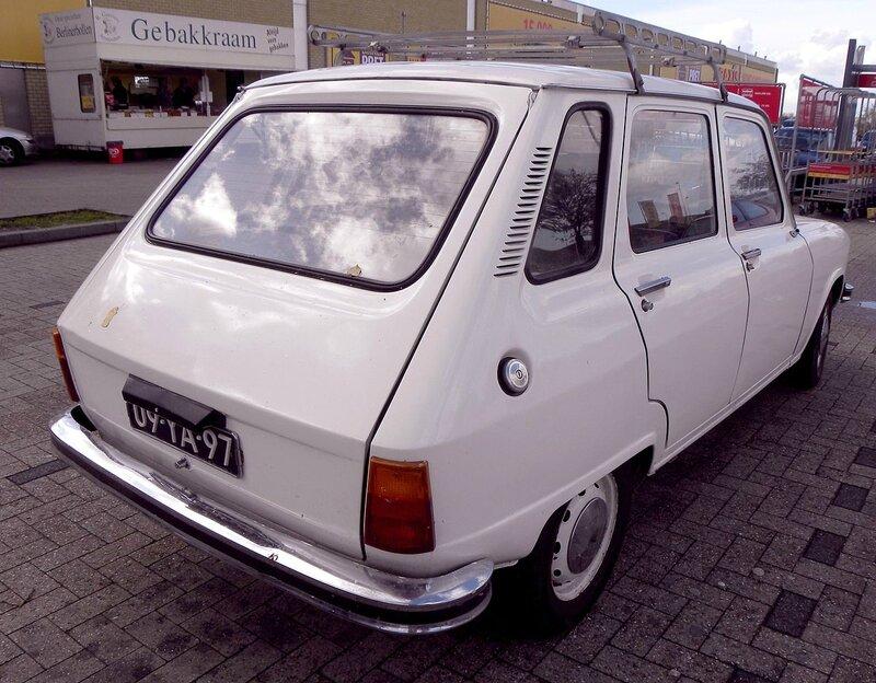1280px-Renault_6_TL_(4)