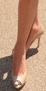 Suzi-Perry-Feet-411073 Copie