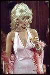 tv_1974_the_sex_symbol_connie_stevens_03