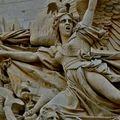 Détail de la façade de l'Arc de Triomphe.