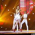 Jolin performs play我呸 play, 第三人称 the third person and i & 日不落 sun will never set at superstars concert in shanghai