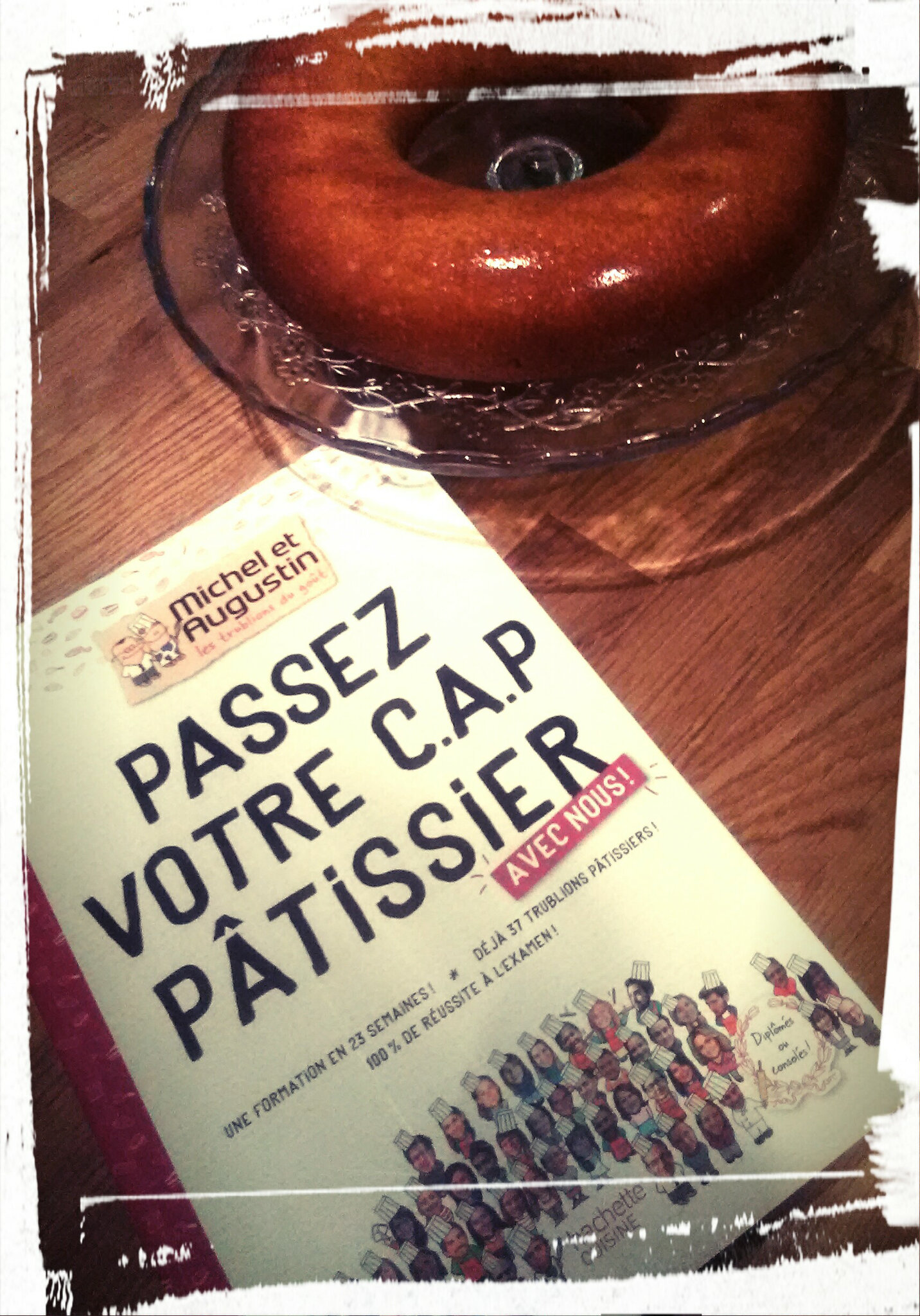 Idée de cadeau pour Noël : le livre de pâtisserie de Michel et Augustin