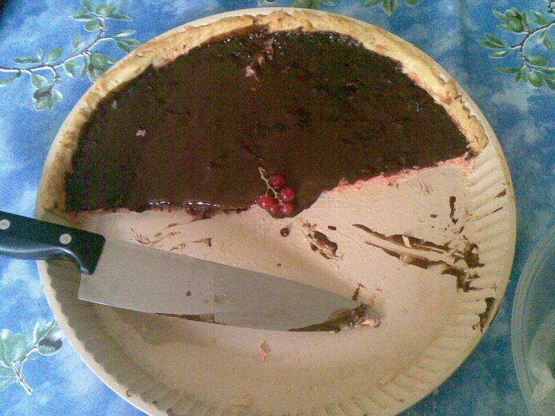 Tarte à la noix de coco, chocolat et fraises tagada