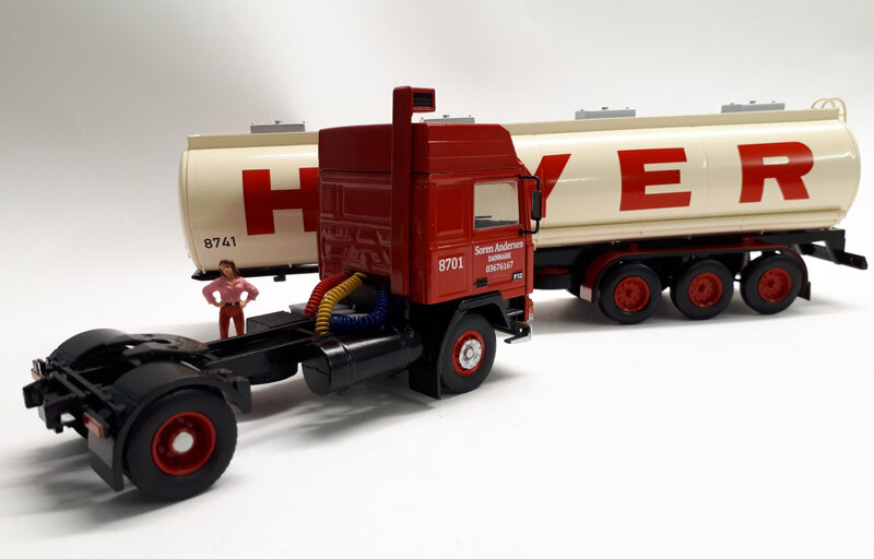 #70-Volvo F 12 Hoyer (6)