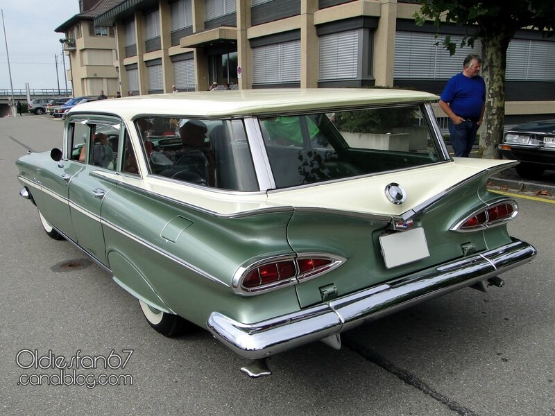 chevrolet-parkwood-wagon-1959-02
