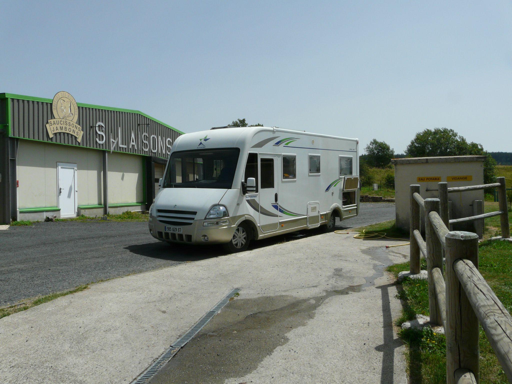 18-Pradelles-Parking Salaisons (3)
