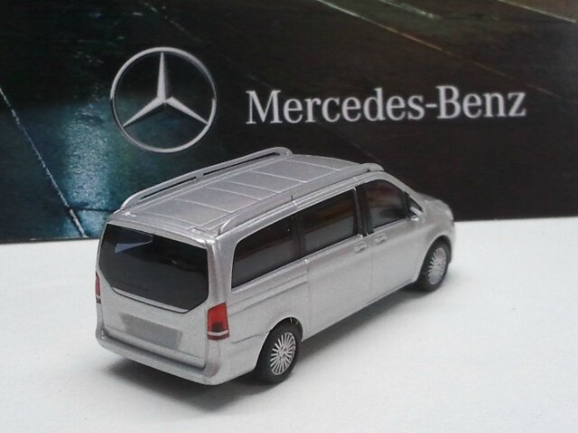 B66004144-Mercedes Classe V (4)