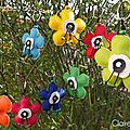 Porte clefs fleurs en simili cuir