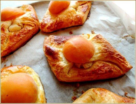 viennoiserie à l'abricot