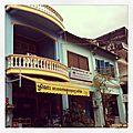 Les restes de l'architecture coloniale et de la france a kampot, cambodge