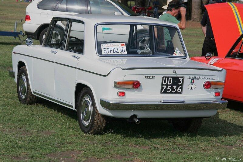 1963_Lancia_Fulvia_CTE_-_rvl3-1_(4637125145)