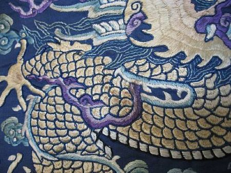 A_fine_blue_silk_ground_embroidered_dragon_robe3
