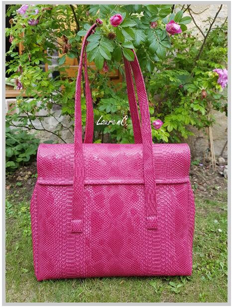 SAC SIMILI DRAGON FRAMBOISE 2018 INTERIEUR LIBERTY DOS